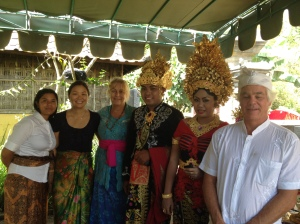 Dewi and Gede with Felicity, Dave, Marta Alicia and Dary