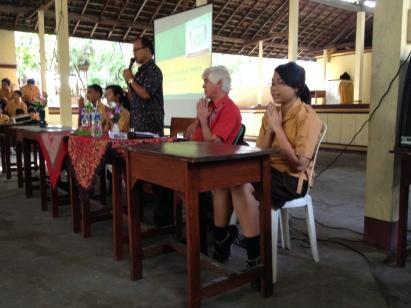 SMA1 Semarpura's Principal kicking off our recycling education event
